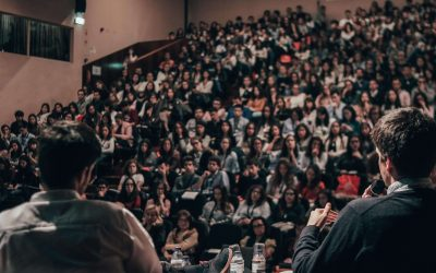 These are 3 simple tricks to conquer your fear of public speaking